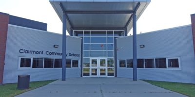 Clairmont Community School and Wellington Resource Centre entrance