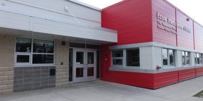 École Francophone Airdrie School exterior