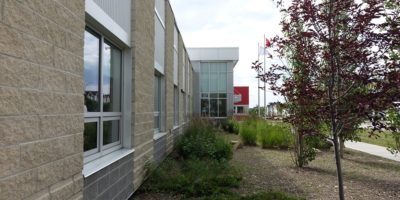 École Francophone Airdrie School exterior side of school