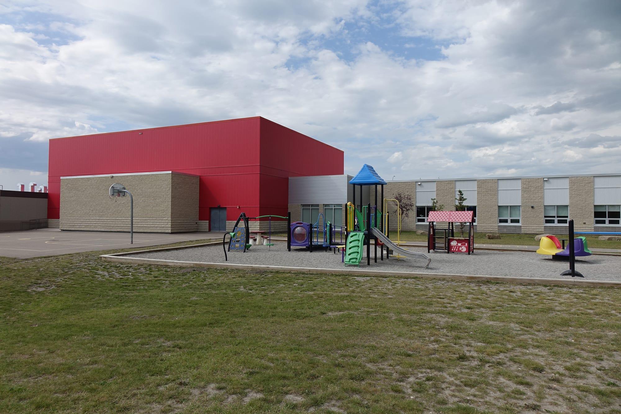 École Francophone Airdrie School playground