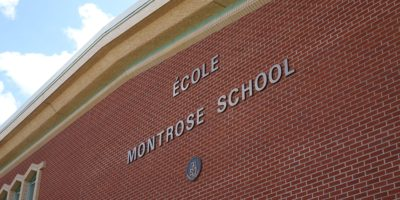 École Montrose Junior High School exterior wall and signage