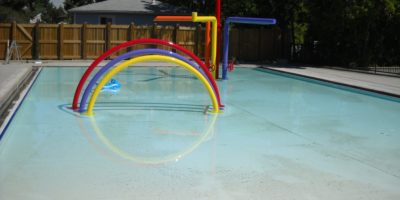 d Broadstock Outdoor Pool shallow play park