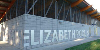 Queen-Elizabeth-Pool exterior with signage