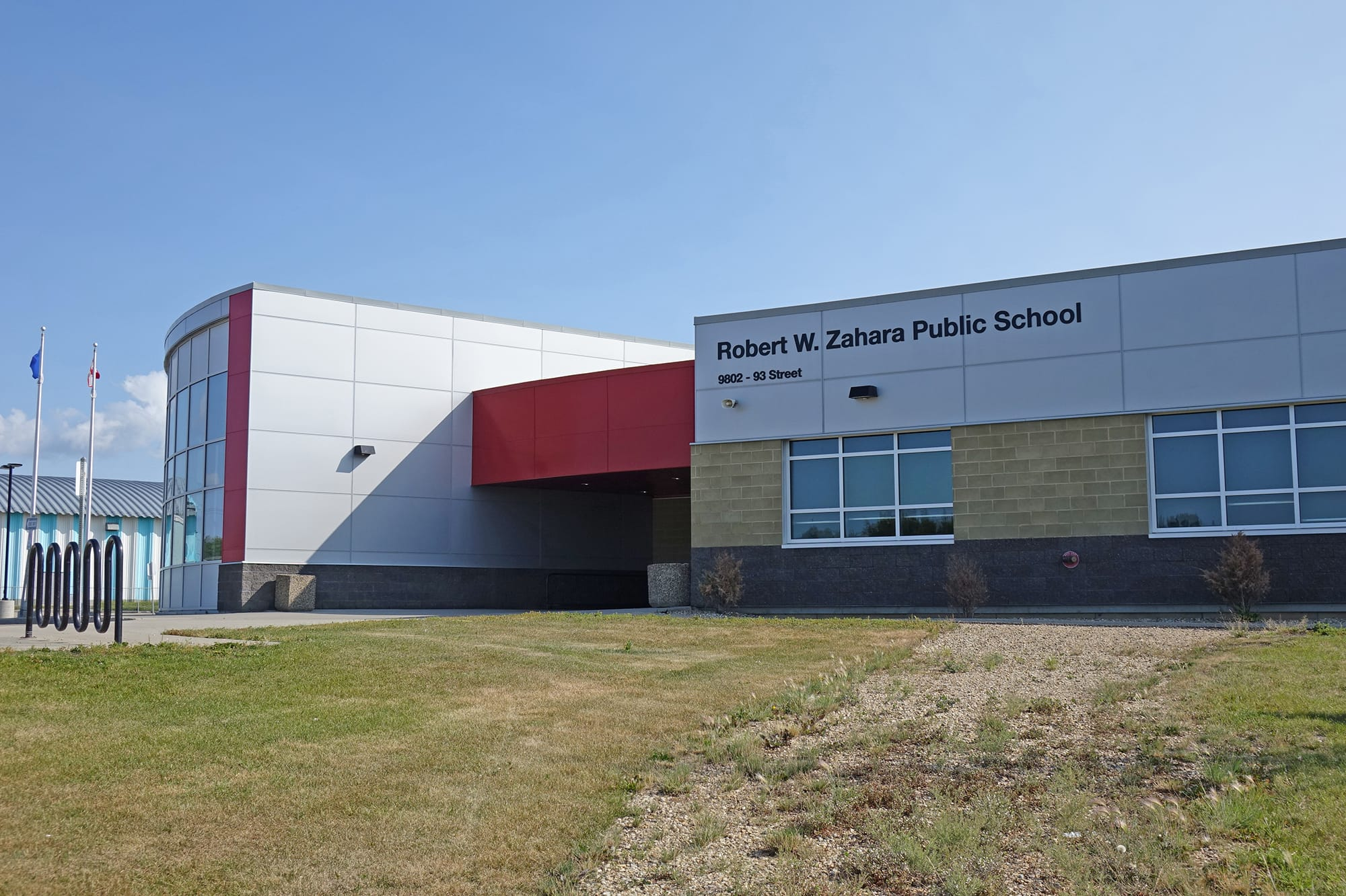 Robert W Zahara Public School exterior entrance
